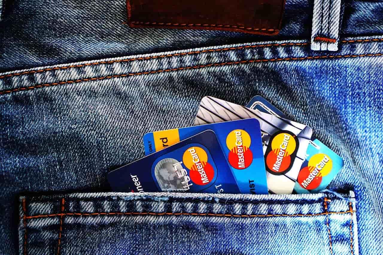 Ubezpieczenie karty płatniczej w banku